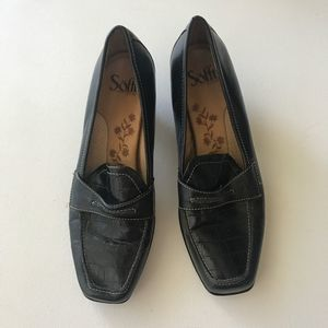 Sofft Black Heeled Loafers ShoesSize 8.5 EUC